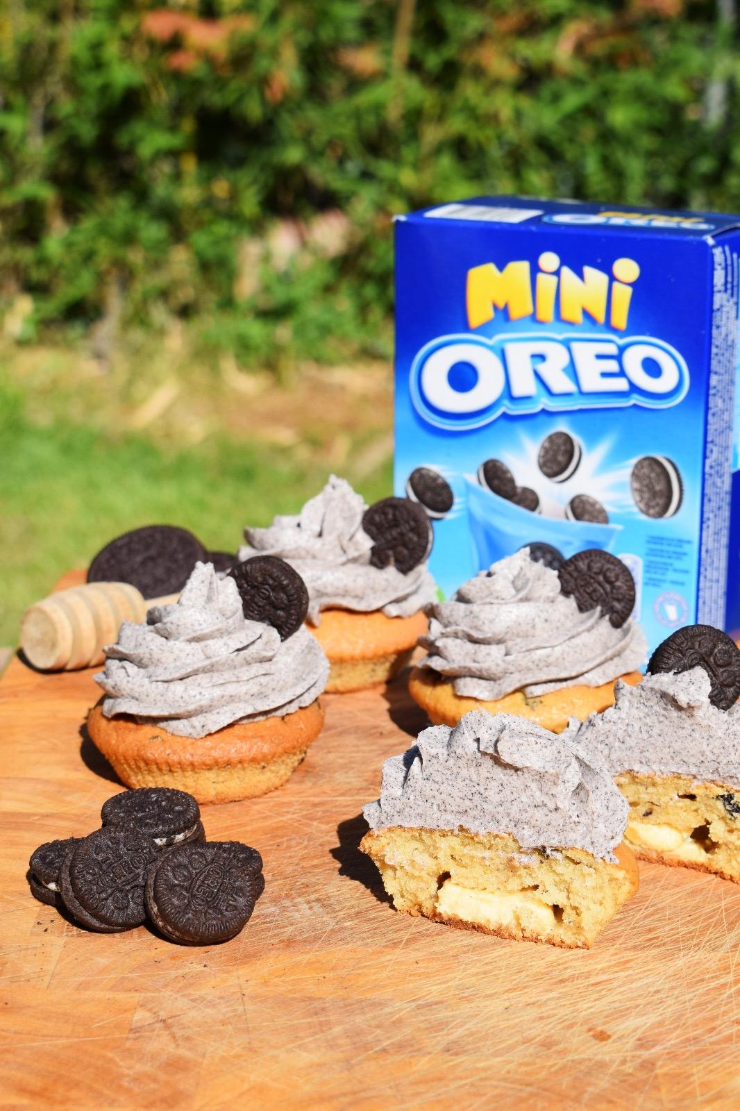 Presentación de la receta de Muffins de oreo rellenas de chocolate blanco